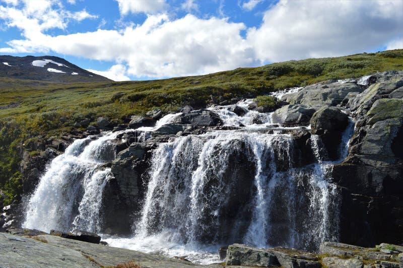 Siklawa w Norwegia zdjęcie stock
