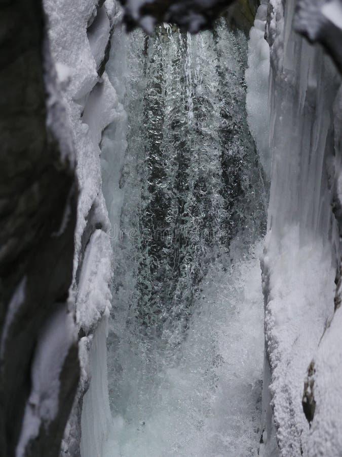 Siklawa w wintertime zdjęcie royalty free