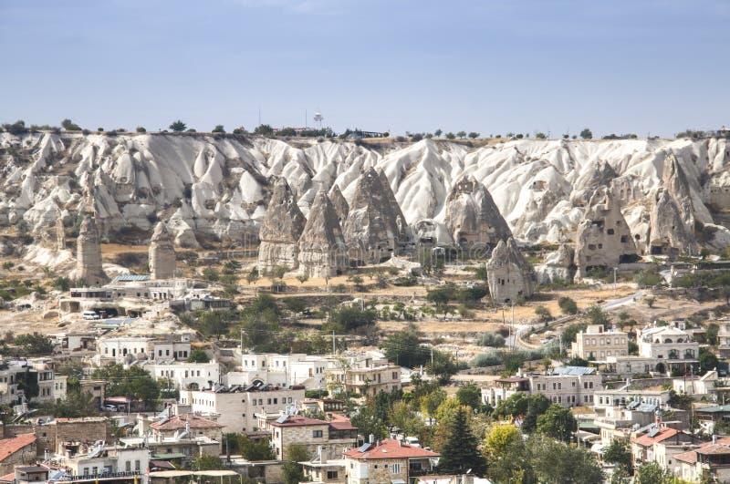 Sikt över Goreme i Turkiet fotografering för bildbyråer