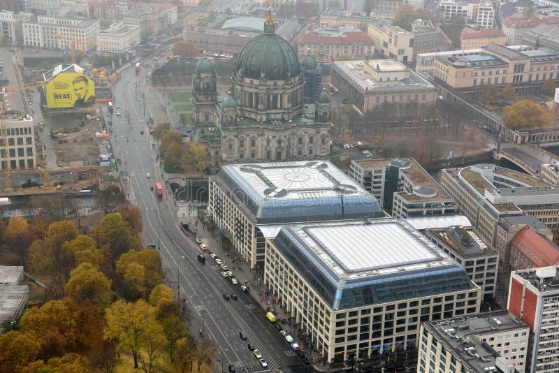 Sikt över i stadens centrum Berlin, Tyskland arkivbilder