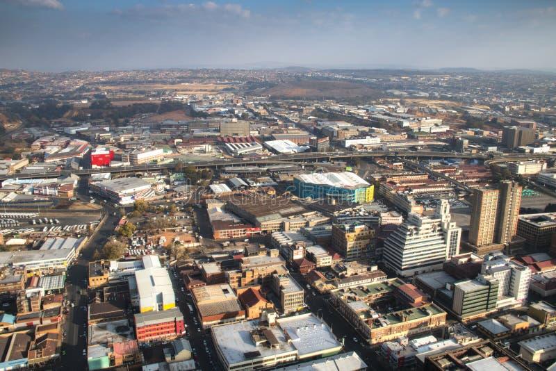 Sikt över i stadens centrum Johannesburg i Sydafrika royaltyfria bilder