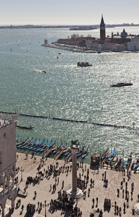 Sikt över Isola di San Giorgio Maggiore från Campaniletornet arkivfoto