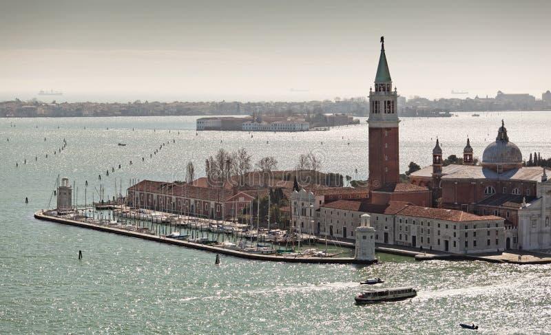 Sikt över Isola di San Giorgio Maggiore från Campaniletornet arkivbilder