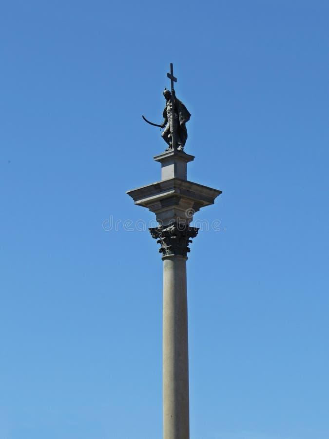 Sikt överst av kolonnen för Sigismund ` som s lokaliseras i slottfyrkanten, Warszawa, Polen royaltyfri fotografi