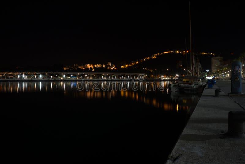 Sikt av Alcazaba från hamnen, Malaga, Spanien, Euope royaltyfria foton