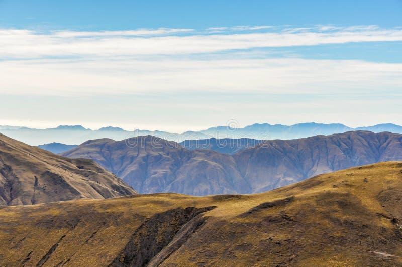 Sikt av bergen i nationalparken för los Cardones, Argentina arkivbilder