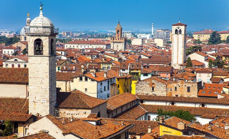 Sikt av Brescia Italien royaltyfri foto