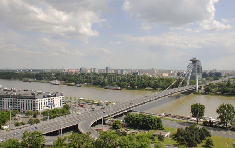 Sikt av bron av det slovakiska nationella upproret arkivfoto