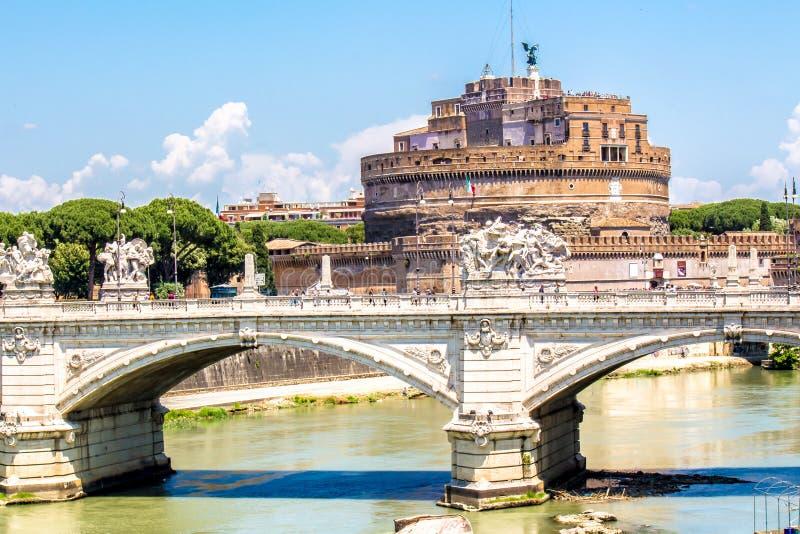Sikt av Castel Sant ` Angelo i Rome, Italien royaltyfri fotografi