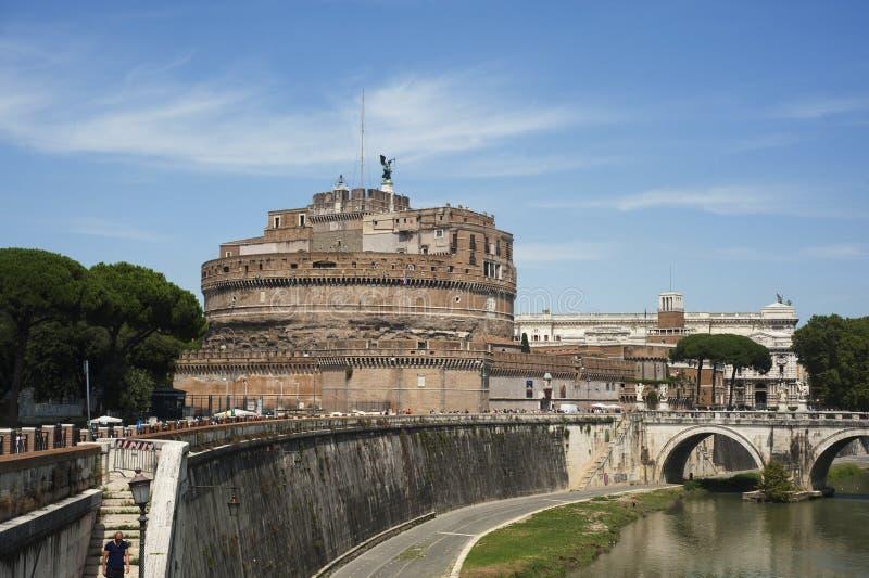 Sikt av Castel Sant Angelo i Rome, Italien royaltyfria bilder