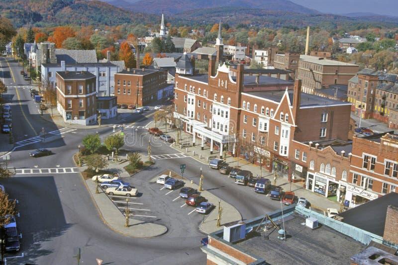 Sikt av Claremont, NH från det Klocka tornet arkivbilder