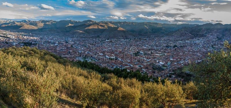 Sikt av Cusco från Sacsayhuamanen, Cusco, Peru arkivfoton