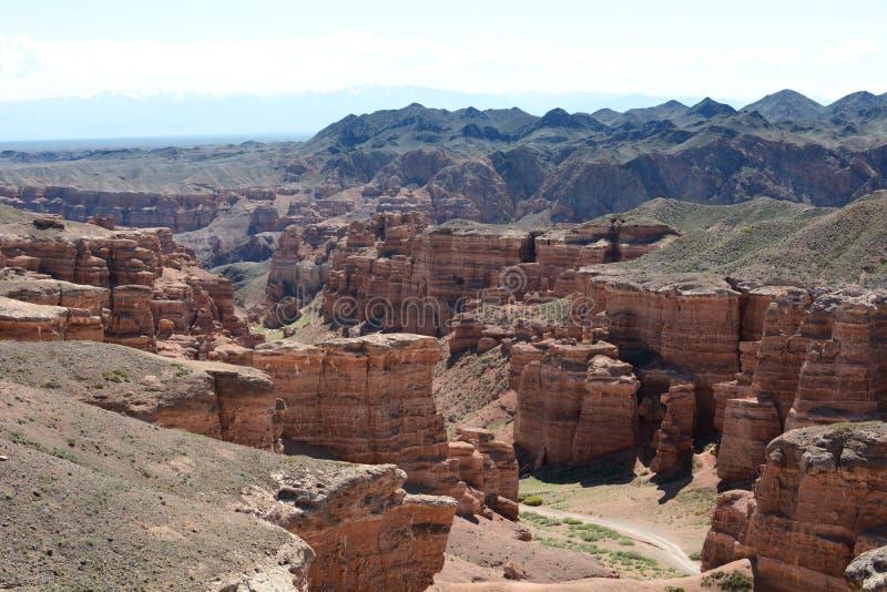 Sikt av dalen av slottarna, Charyn kanjon Charyn nationalpark Almaty region kazakhstan royaltyfri bild