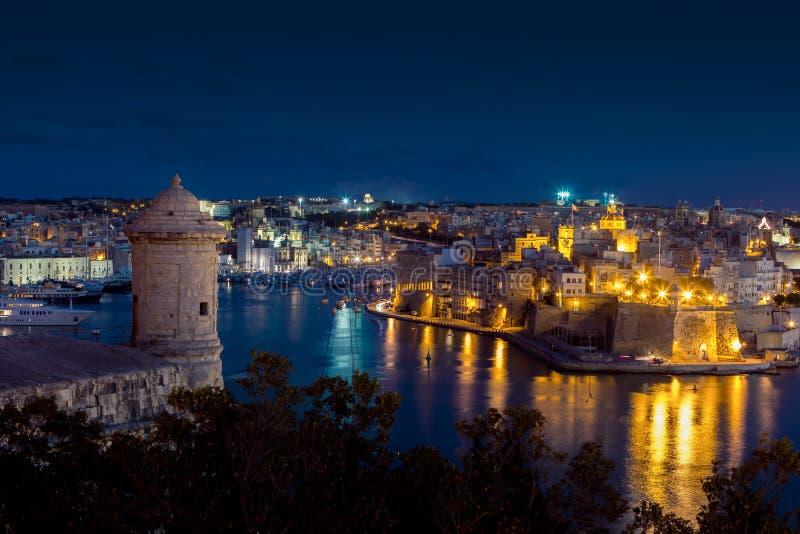 Sikt av de tre städerna i Malta arkivfoto