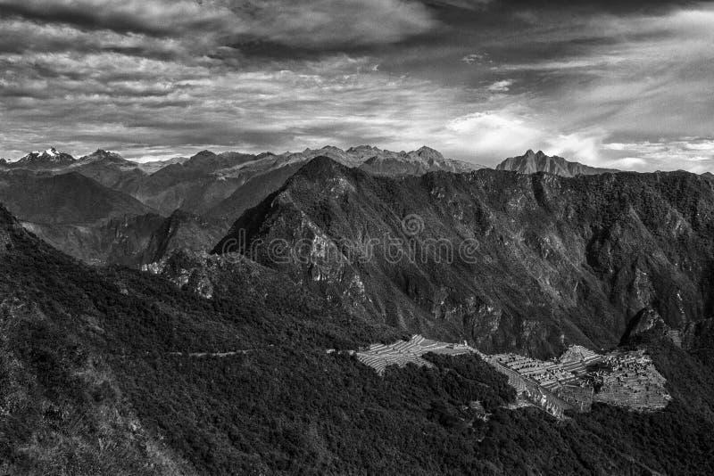 Sikt av den borttappade Incan staden av Machu Picchu nära Cusco, Peru Machu Picchu är en peruansk historisk fristad arkivfoton