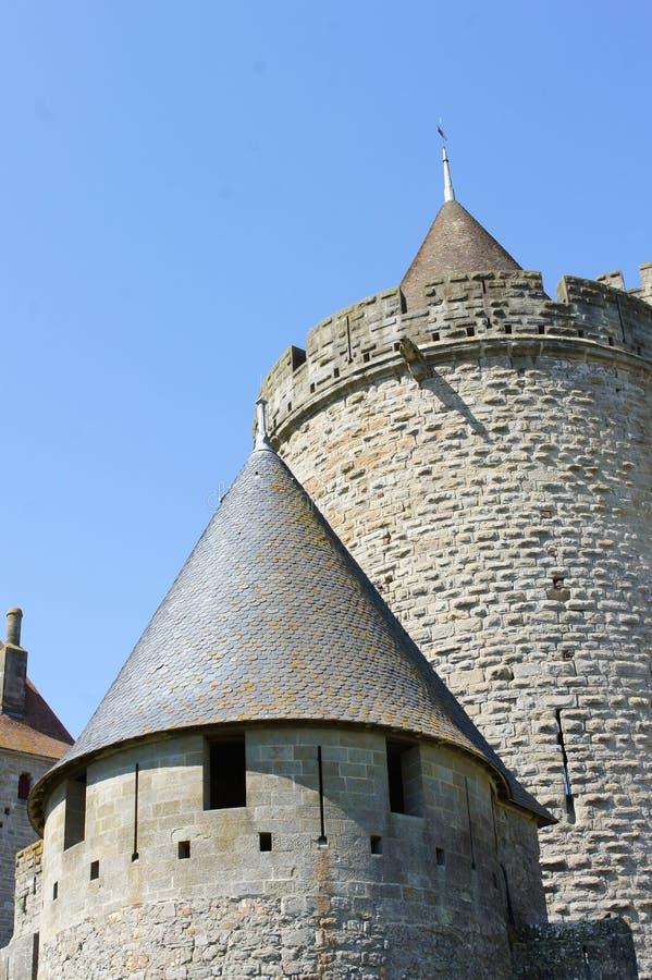 Sikt av den carcassonne slotten att hålla arkivbilder