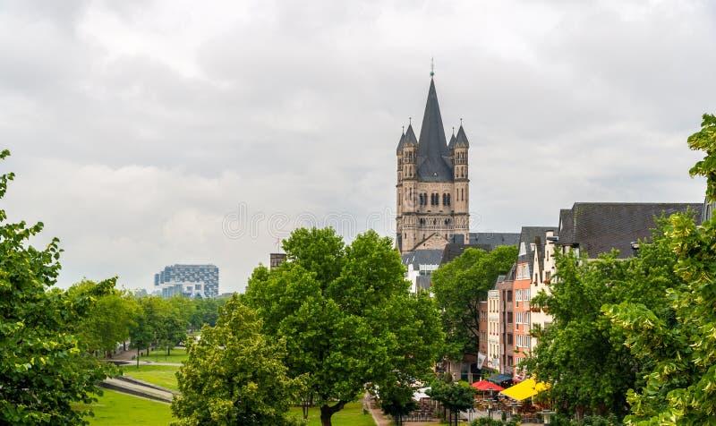 Sikt av den Cologne invallningen, Tyskland, norr Rhen-Westphalia arkivbild