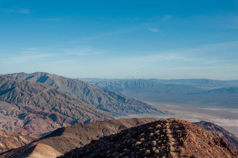 Sikt av den Death Valley nationalparken, Kalifornien, USA fotografering för bildbyråer