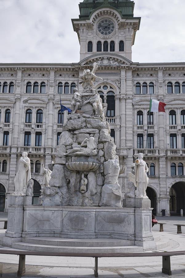 Sikt av den Fontana deien Quattro Continenti arkivbilder