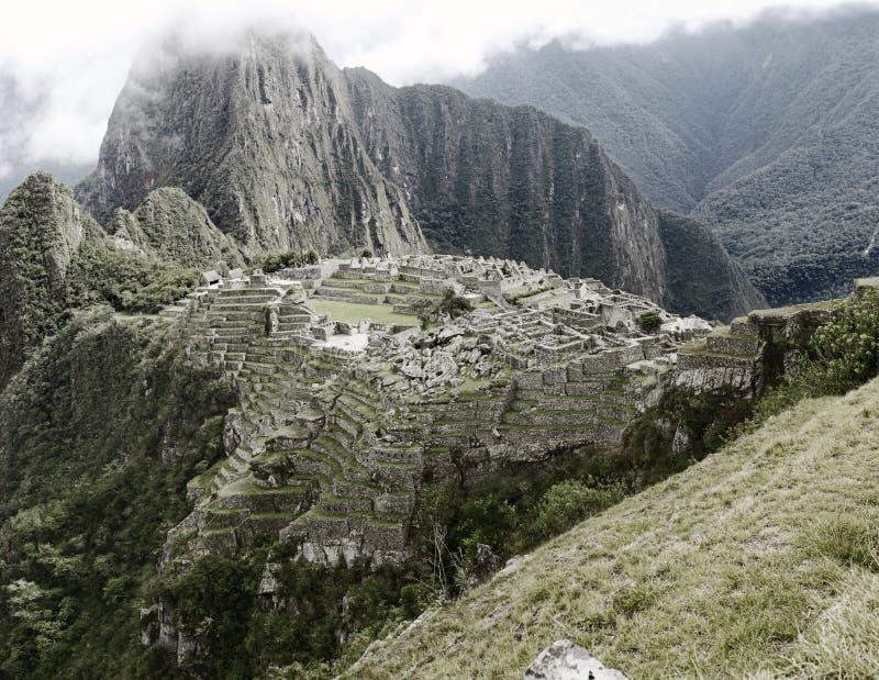 Sikt av den forntida Inca City av Machu Picchu arkivbild