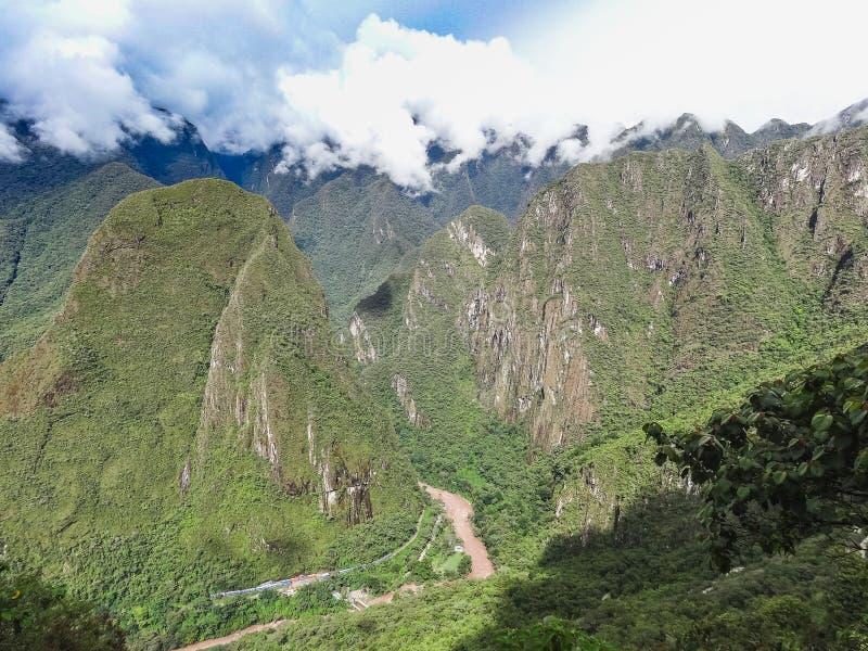 Sikt av den forntida Inca City av Machu Picchu arkivfoto