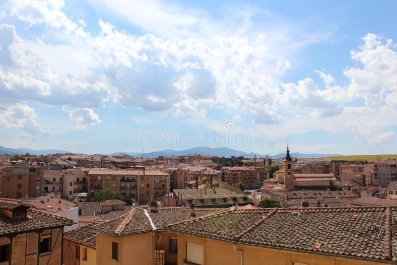 Sikt av den historiska mitten av Segovia royaltyfria bilder