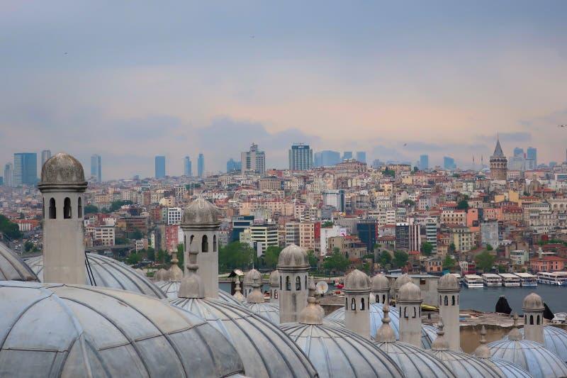 Sikt av den Istanbul staden från den Suleymaniye moskén royaltyfria foton