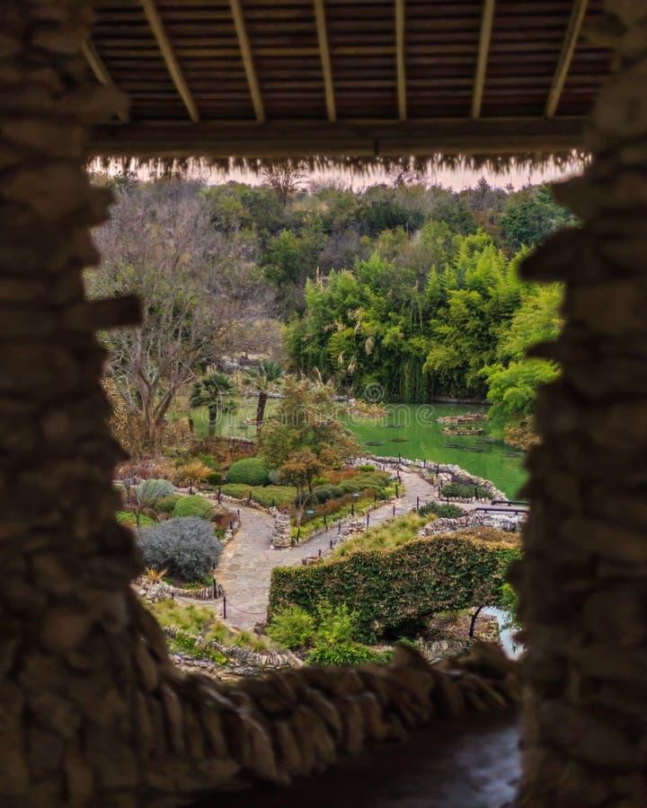 Sikt av den japanska teträdgården arkivbilder