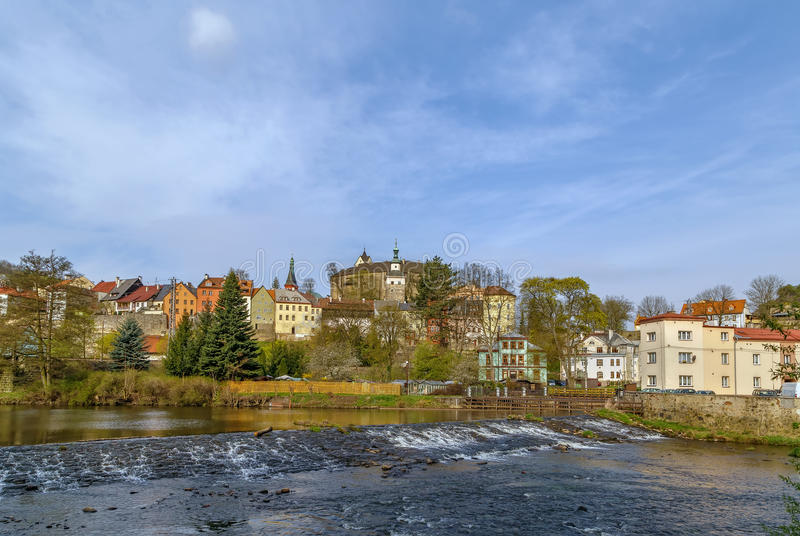 Sikt av den Loket staden, Tjeckien arkivbilder