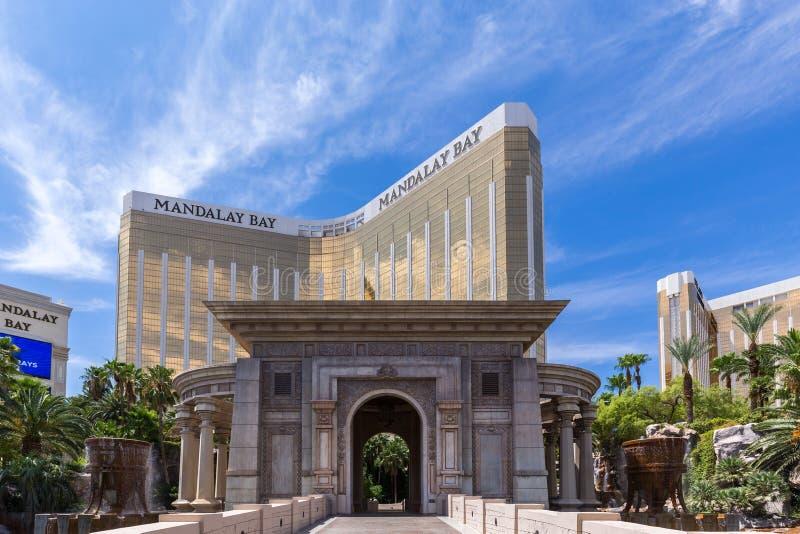Sikt av den Mandalay fjärdsemesterorten och kasinot, Las Vegas, USA royaltyfri bild