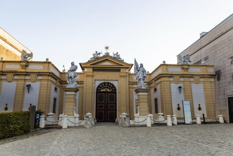 Sikt av den Melk staden i Österrike royaltyfria bilder