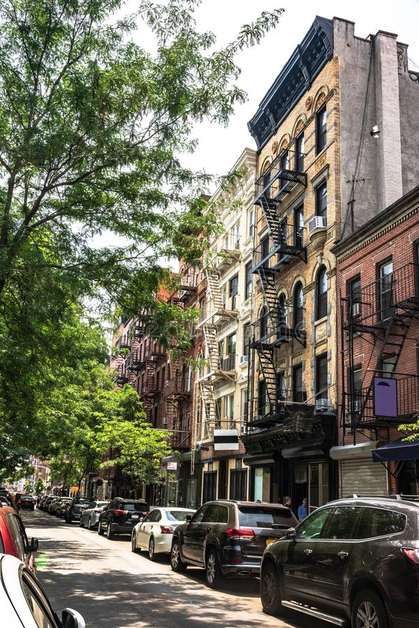 Sikt av den Mott gatan, Manhattan, NYC royaltyfria foton