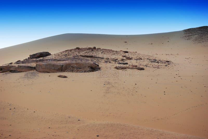 Sikt av den Nubian öknen nära Nile River, Egypten royaltyfri bild