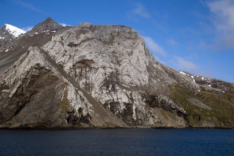 Sikt av den ojämna kustlinjen royaltyfria bilder