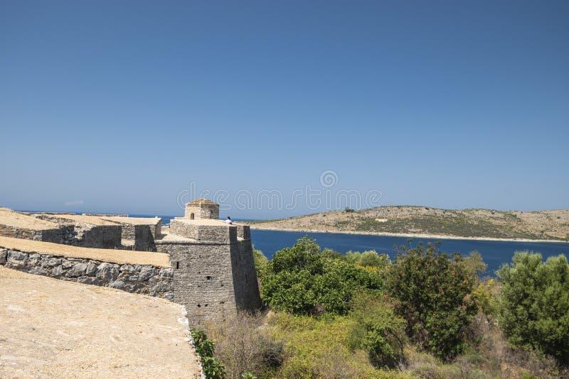 Sikt av den Porto Palermo slotten arkivbilder