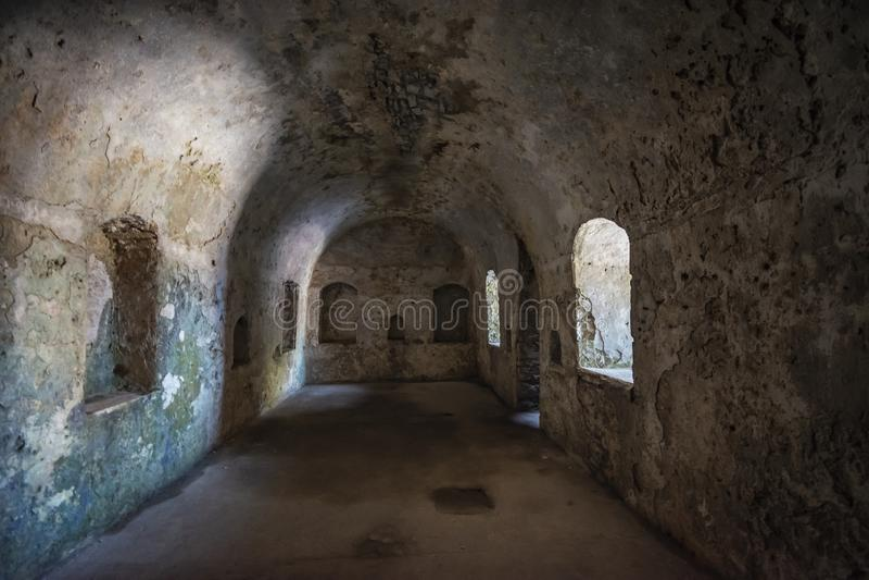 Sikt av den Porto Palermo slotten royaltyfri bild