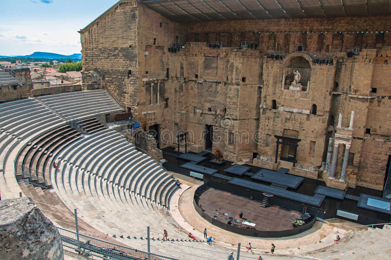 Sikt av den romerska teatern av apelsinen royaltyfria bilder