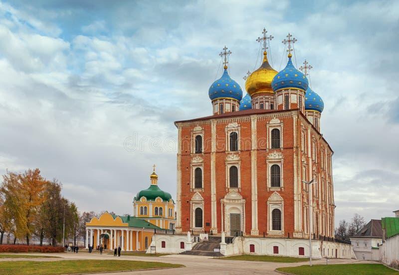 Sikt av den Ryazan Kreml Ryazan stad, centrala Ryssland arkivbild