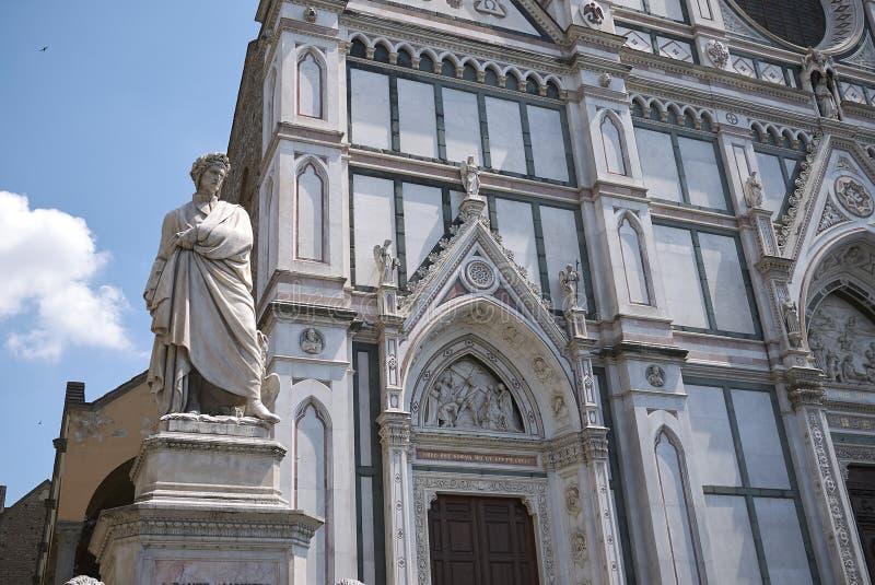 Sikt av den Santa Croce kyrkan royaltyfri foto