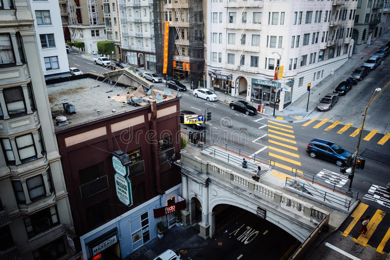 Sikt av den Stockton gatatunnelen, i San Francisco, Kalifornien royaltyfri foto