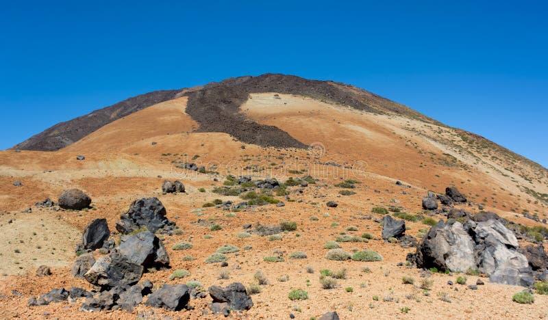Sikt av den Teide monteringen och de Teide äggen Härlig sikt av laen royaltyfri fotografi