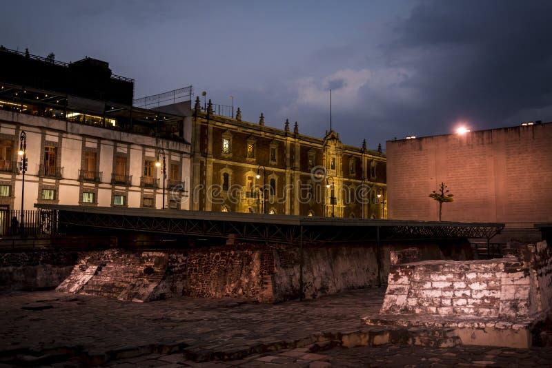 Sikt av den Templo borgmästaren, Mexico - stad, Mexico royaltyfri fotografi