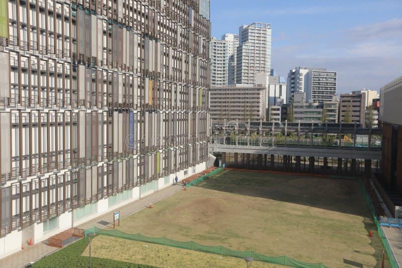 Sikt av den Tokyo fjärden på den Tokyo enskenig järnväglinjen royaltyfria bilder