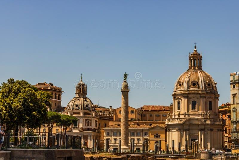 Sikt av den Venedig fyrkantpiazza Venezia Piazza Venezia lokaliseras i hjärta av Rome som omges av flera gränsmärken, inklusive v fotografering för bildbyråer