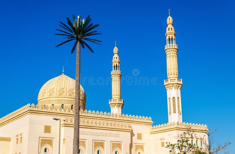 Sikt av den Zabeel moskén i Dubai royaltyfri foto