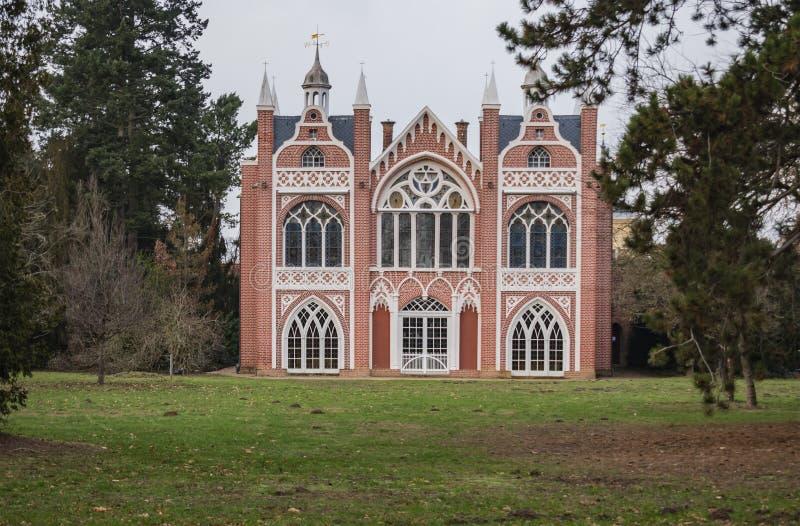Sikt av det gotiska huset royaltyfria bilder