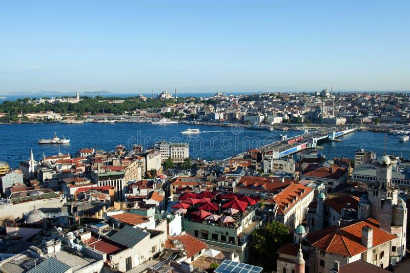 Sikt av det guld- hornet, Topkapi och Bosporus, Istanbul, Turkiet arkivbild
