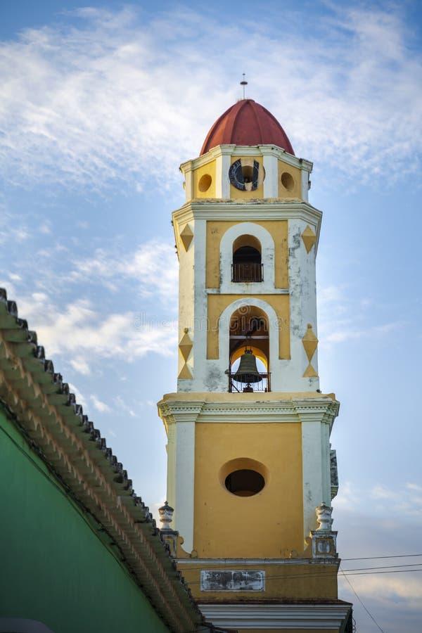 Sikt av det Klocka tornet och Trinidad arkivfoton