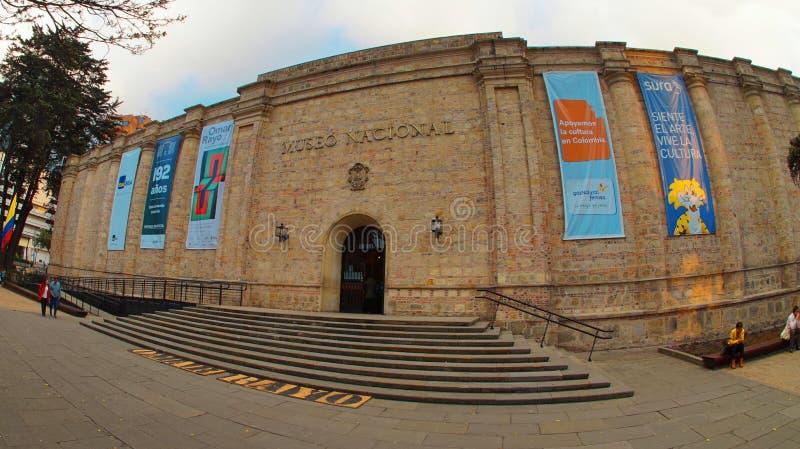 Sikt av det nationella museet i staden av Bogota royaltyfri foto