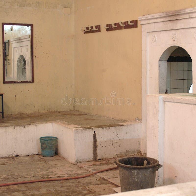Sikt av en Hammam inre royaltyfri bild